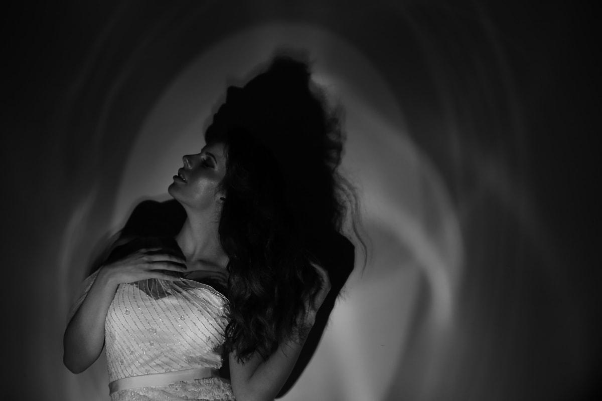 màu đen và trắng, ngoạn mục, Nhiếp ảnh, Cô bé xinh đẹp, tuyệt đẹp, người phụ nữ trẻ, flare, studio ảnh, đơn sắc, Cô bé