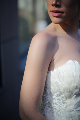 wedding dress, dress, feather, bride, glamour, fashion, wedding, woman, portrait, girl
