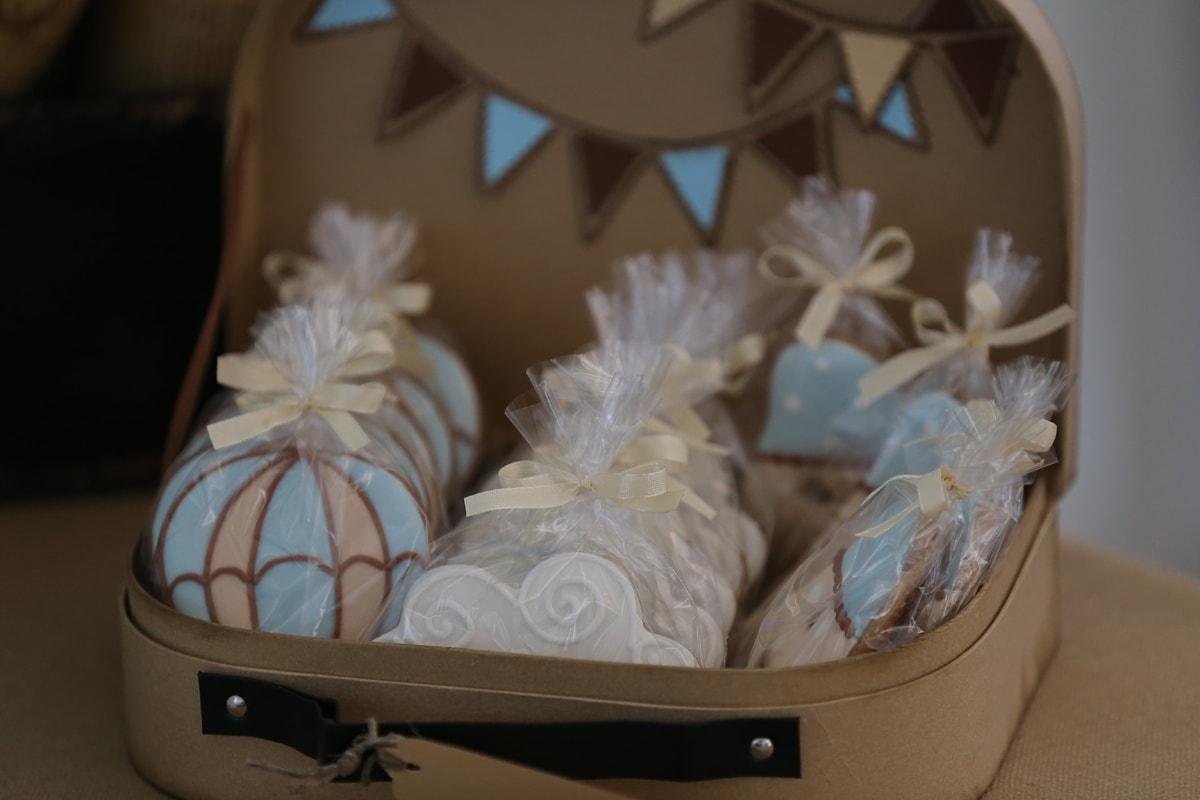 handmade, confectionery, dessert, merchandise, vintage, baggage, food, decoration, close-up, delicious