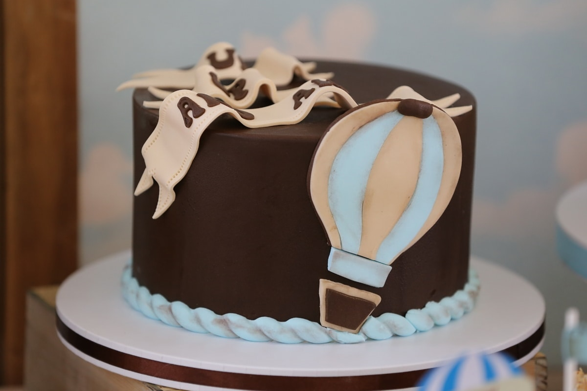 birthday cake, balloon, hot air, pastry, food, chocolate, baked goods, dessert, sweet, cup