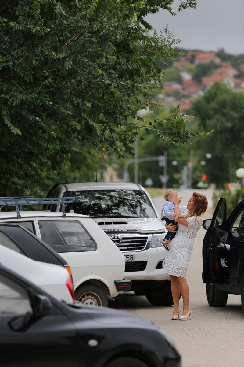 Parken, Baby, Parkplatz, Autos, Mutter, Minivan, Transport, Auto, Fahrzeug, Menschen