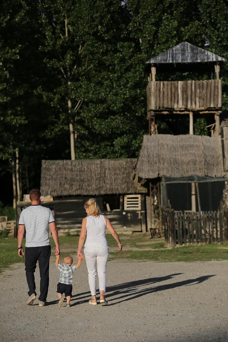 Dorfbewohner, Ranch, Bauernhaus, Dorf, Vater, Familie, Mutter, Sohn, Gras, alt