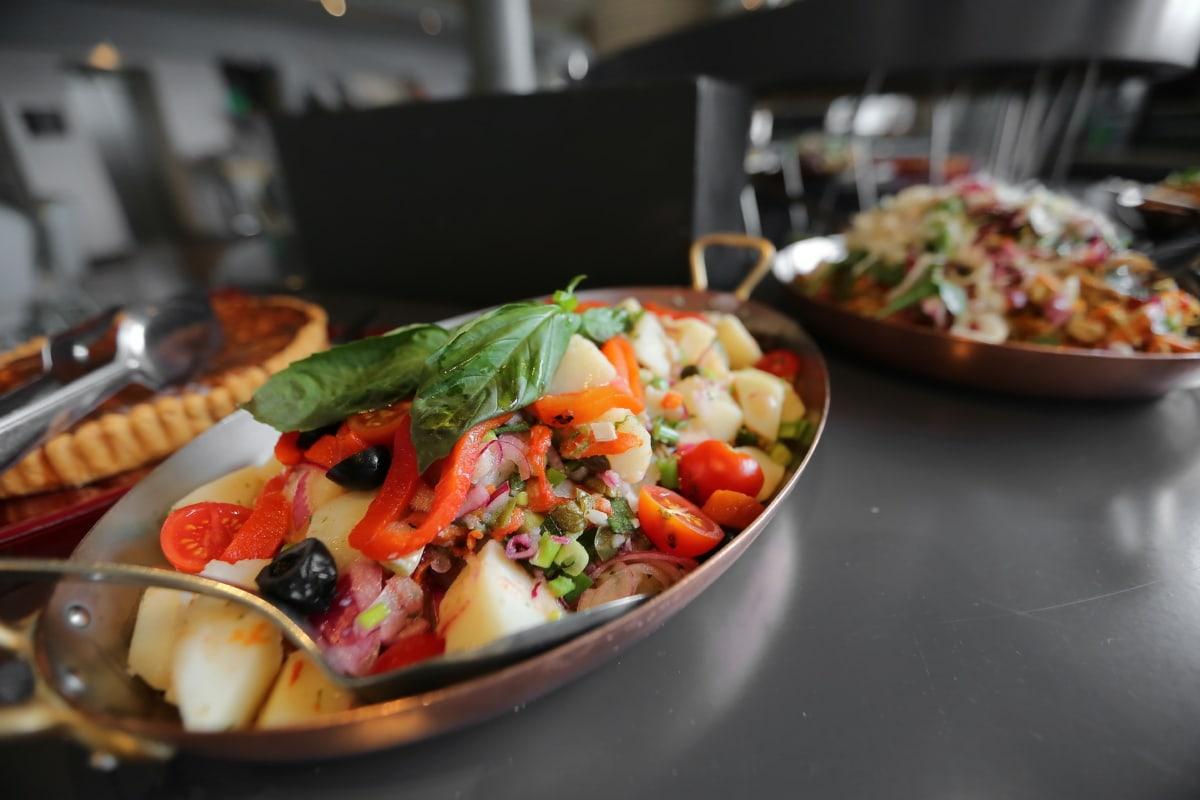 salad bar, salad, cafeteria, dining area, buffet, lunch, dinner, vegetable, food, restaurant