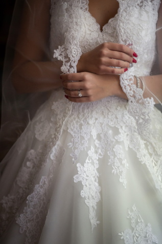 wedding dress, salon, model, manicure, hands, veil, fashion, dress, bride, wedding