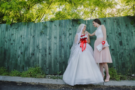 menyasszony, lányok, barátnő, esküvői ruha, esküvő, barátság, együtt, házasság, ruha, házas