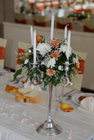 candlestick, elegance, candles, dining area, bouquet, interior design, table, wedding, indoors, knife