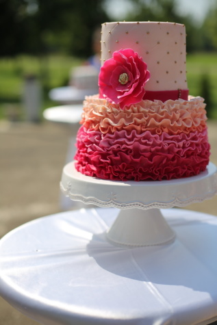 reddish, cake, pink, table, elegance, dessert, wedding, food, sweet, baking