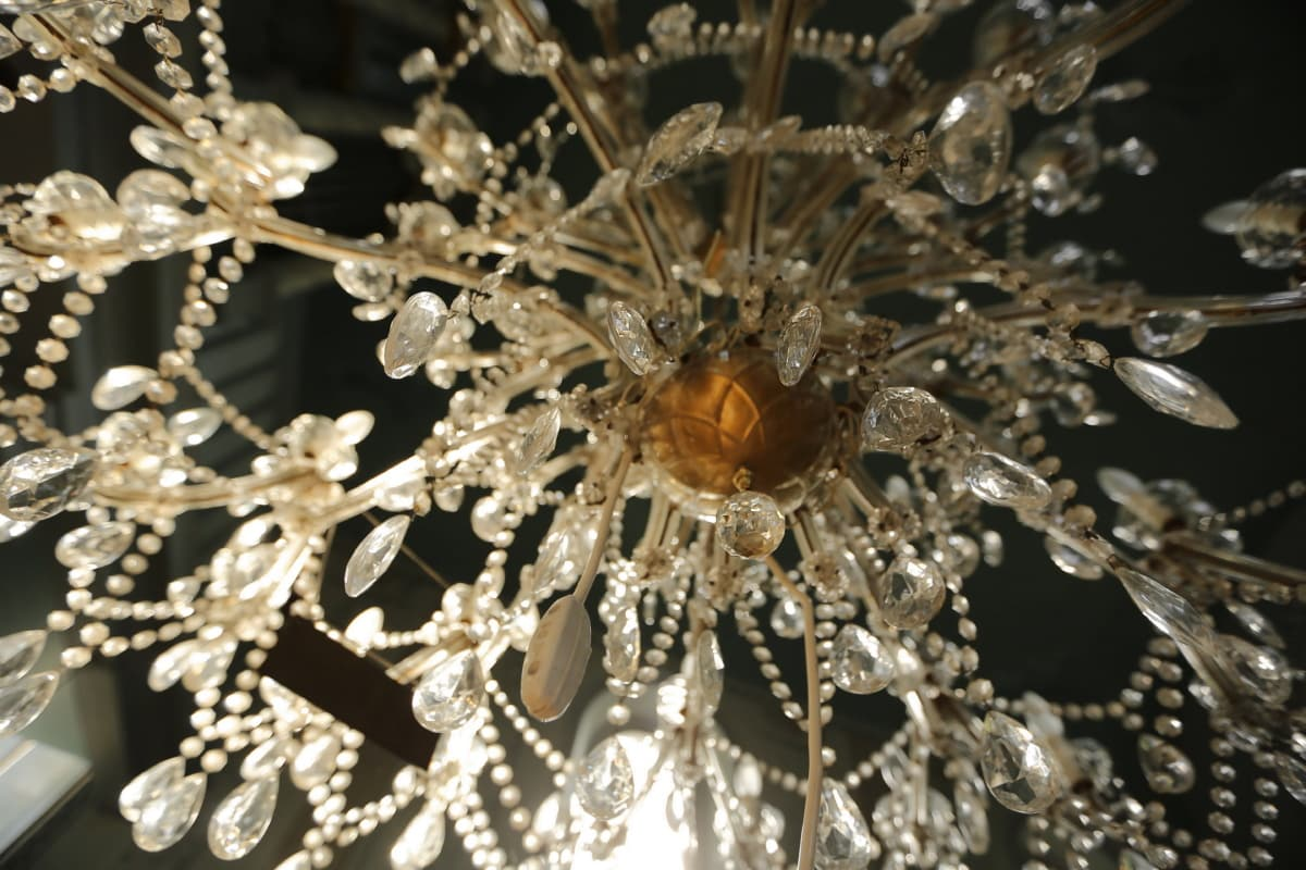 chandelier, crystal, glass, reflection, luxury, hanging, light, elegant, shining, decoration