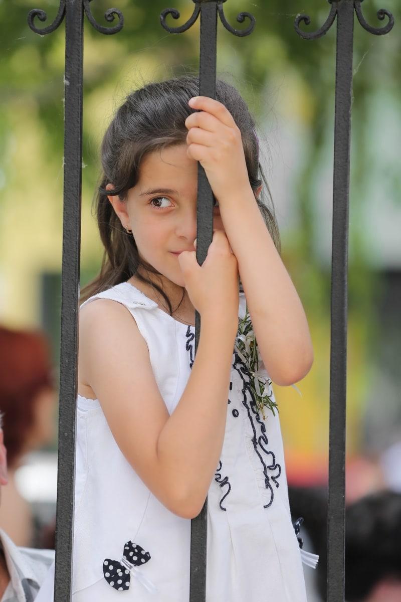 детство, ребенок, милая девушка, забор, чугуна, очаровательны, портрет, руководитель, привлекательный, на открытом воздухе