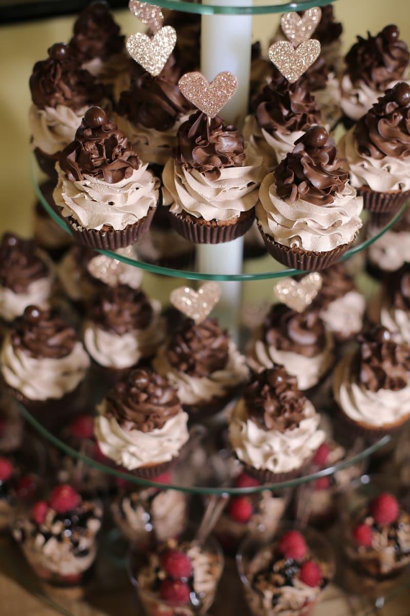 sugar, cream, chocolate, sweet, food, delicious, candy, dark, christmas, cake