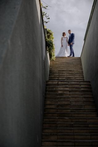 jeune marié, la mariée, escaliers, haute, gens, étape, jeune fille, rue, homme, paysage