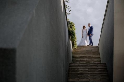 mladoženja, mladenka, stepenice, ljudi, urbano područje, korak, ulica, vjenčanje, djevojka, krajolik