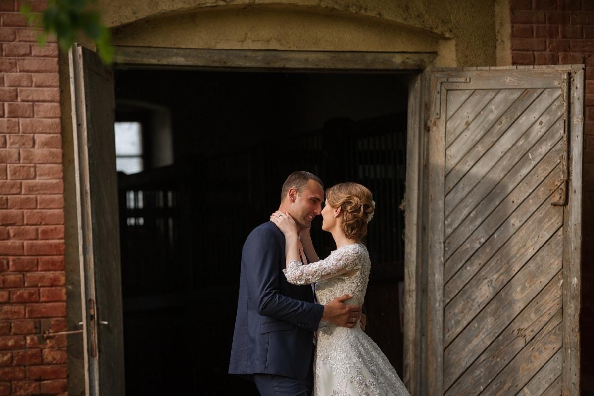 porte d'entrée, Grange, Ranch, jeune marié, la mariée, femme, mariage, amour, Portrait, Porte