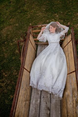 mladenka, ležanje, sreća, prijevoz, žena, ljubav, vjenčanje, haljina, brak, veo