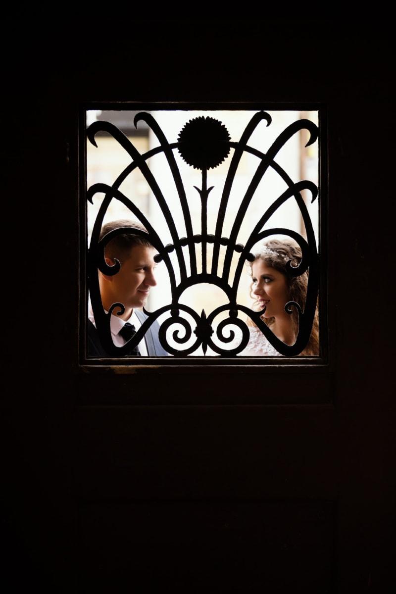 porte d'entrée, ténèbres, Jolie fille, amant, cadre, fenêtre, jeune fille, Porte, lumière, ombre