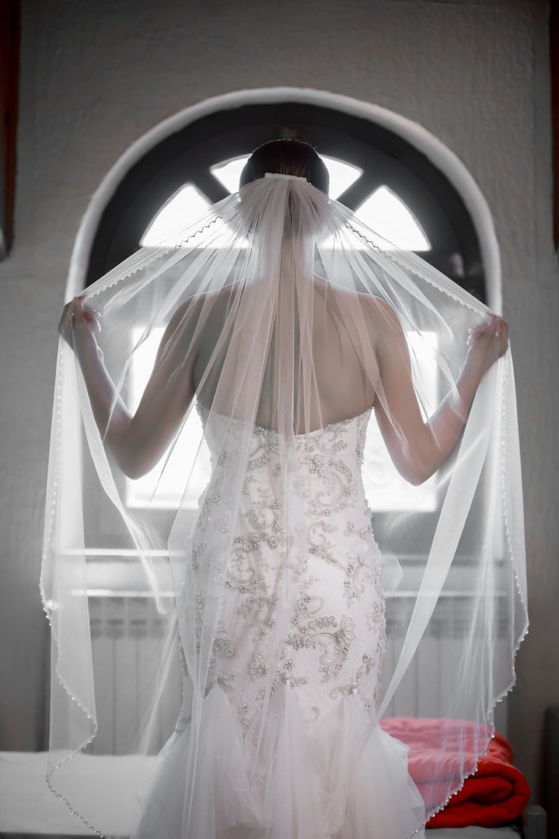 épaule, la mariée, voile, debout, posant, mariage, robe de mariée, chambre à coucher, robe, femme