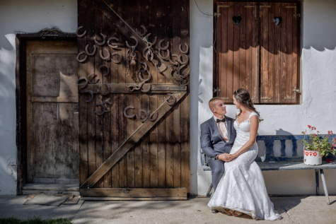 village, barn, just married, countryside, farm, farmhouse, doors, pretty girl, wedding dress, romance