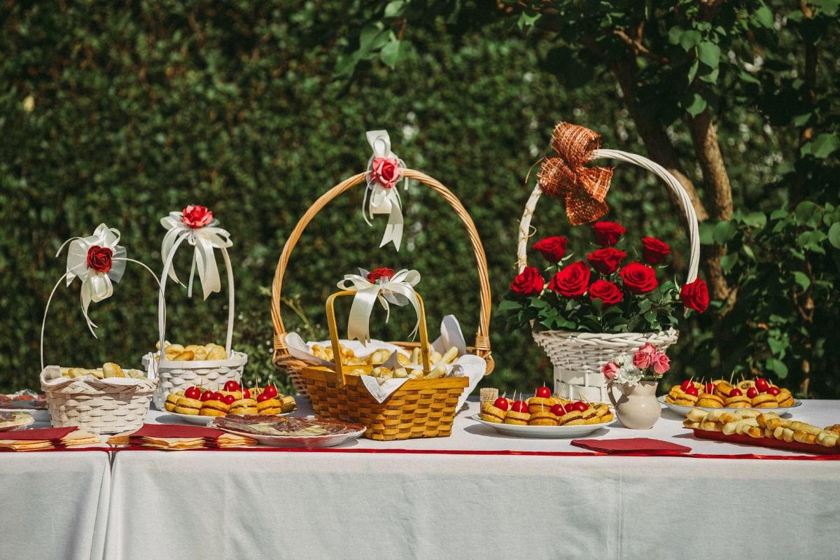 picnic, wicker basket, table, baked goods, dessert, homemade, bread, food, biscuit, flower