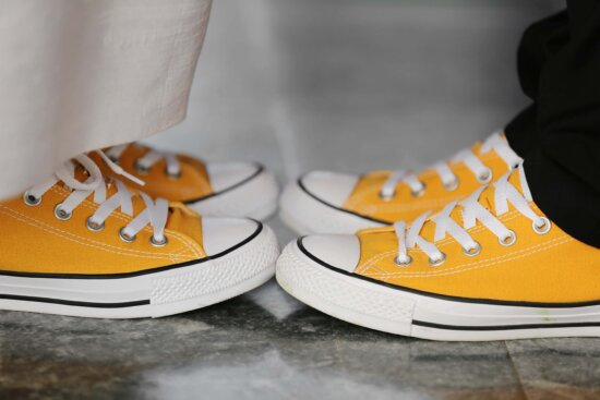 old style, classic, sneakers, comfort, comfortable, casual, legs, man, woman, foot