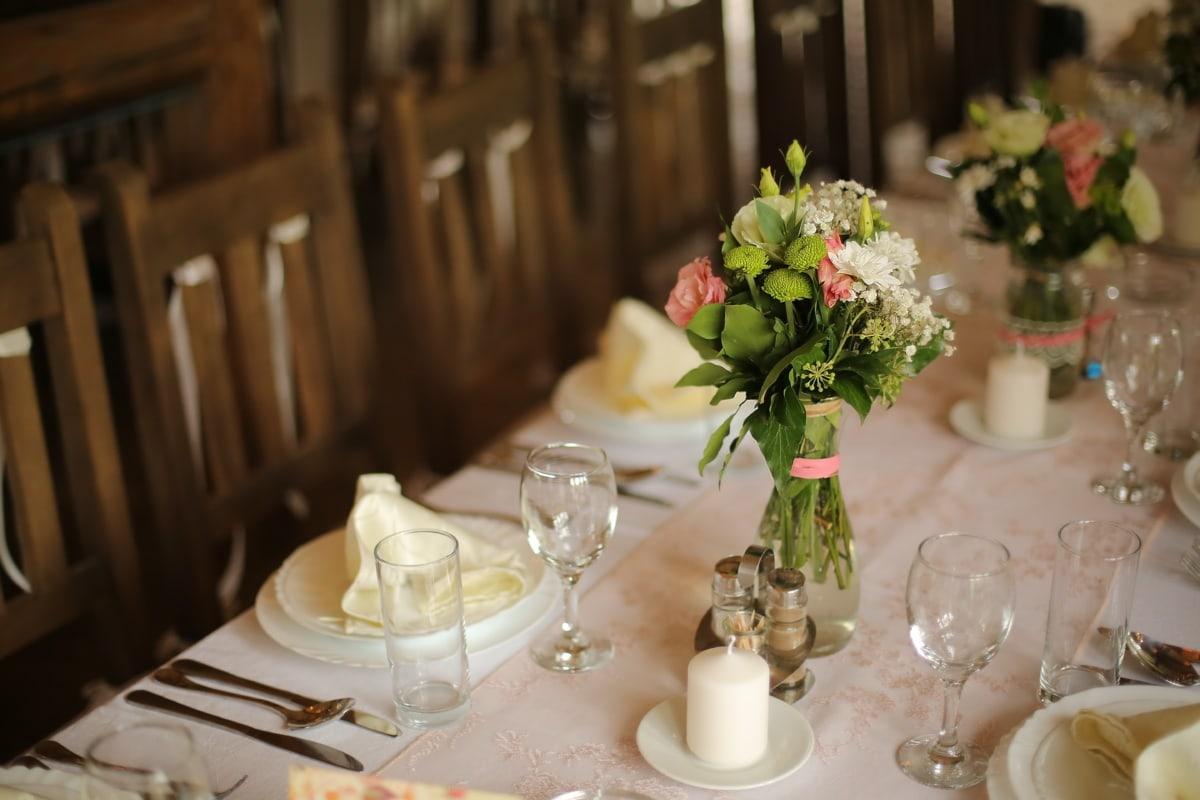 Tischdecke, Tabelle, Kantine, Geschirr, Essbereich, Vase, Blumenstrauß, Hochzeit, Empfang, Speise-