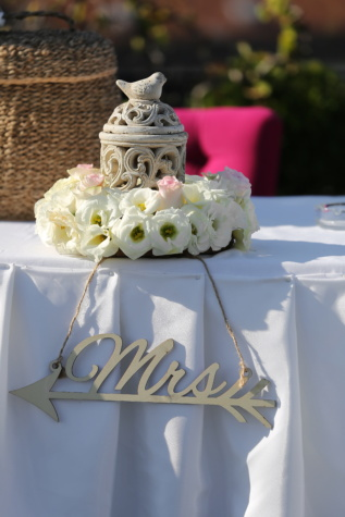 table, decorative, reception, ceramics, flowers, decoration, flower, traditional, outdoors, elegant
