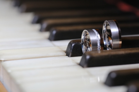 piano, wedding ring, instrument, music, ivory, indoors, shade, classic, still life, blur