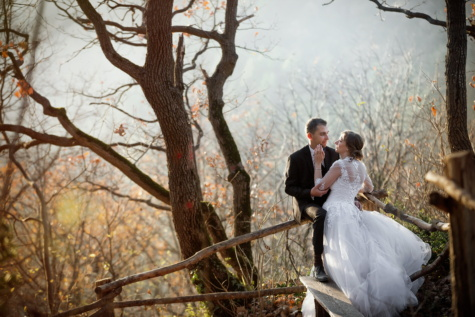 just married, bride, groom, hug, wilderness, sunny, hiking, forest, wedding, love