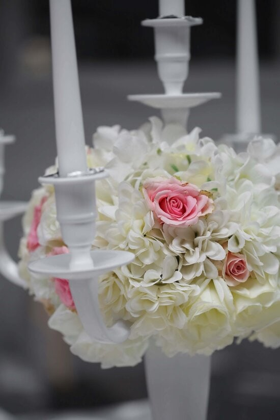 white flower, roses, bouquet, elegant, candles, candlelight, flower, rose, nature, candle
