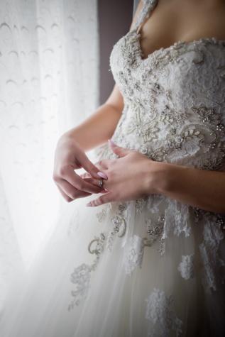 wedding dress, jewelry, hands, wedding ring, pearl, luxury, elegant, glamour, bride, wedding