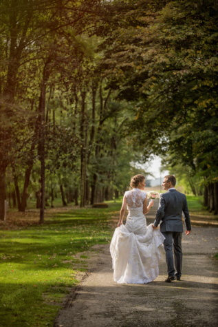 bride, just married, groom, walking, alley, park, wedding dress, engagement, wedding, marriage