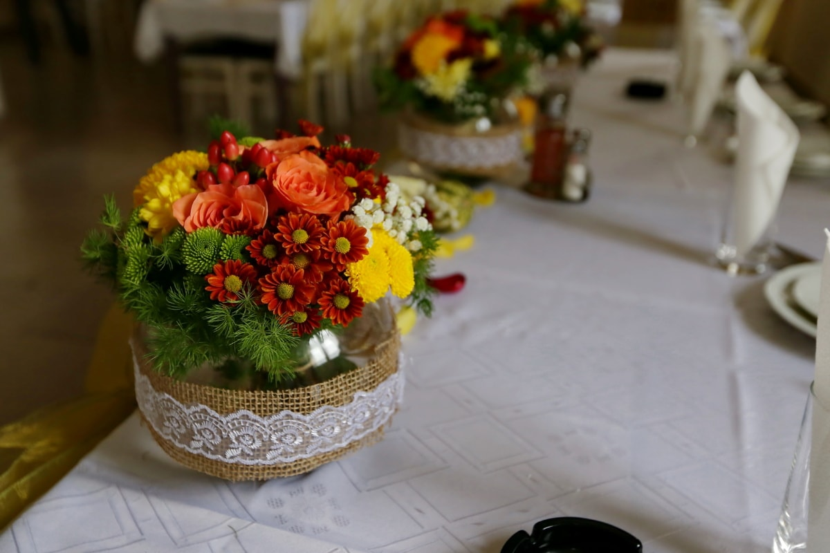 roses, bouquet, vase, chrysanthemum, lunchroom, jar, dining area, interior design, wedding, decoration
