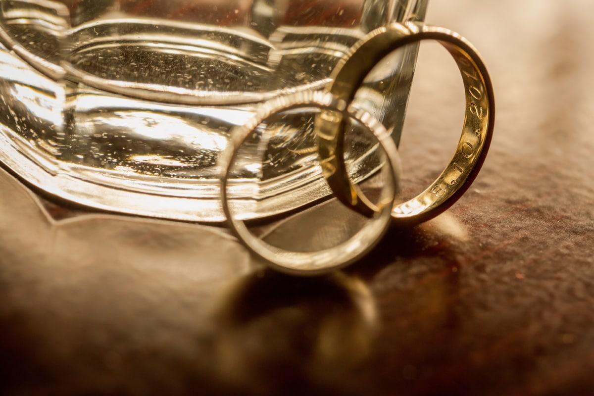 bijoux, Or, bague de mariage, boisson, eau, verre, vintage, mariage, réflexion, luxe