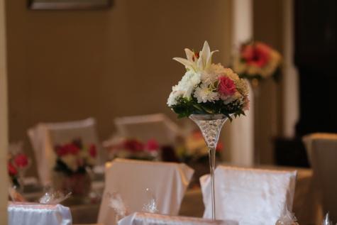 Innendekoration, Hochzeitsort, Hochzeitsstrauß, elegant, Stühle, Tische, Interieur-design, Hochzeit, Blumenstrauß, Empfang
