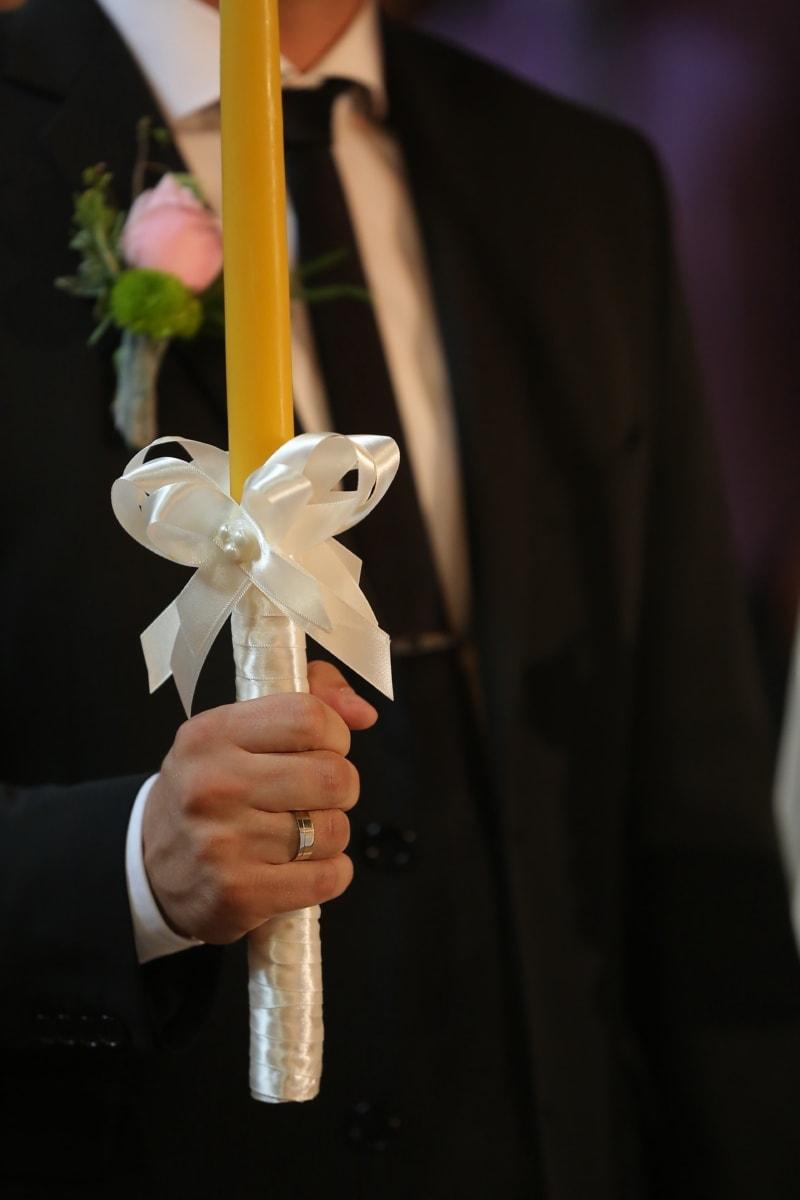 jeune marié, Holding, bougie, mariage, cérémonie, homme, à l'intérieur, amour, Portrait, Festival