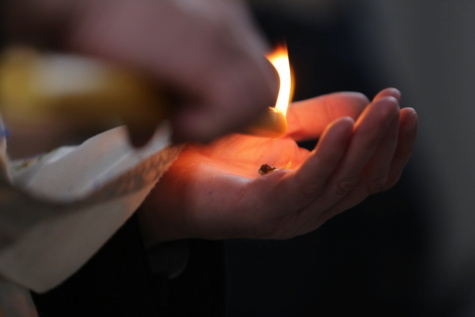 bougie, mains, fermer, aux chandelles, doigt, chaleur, flamme, gens, bâton, feu