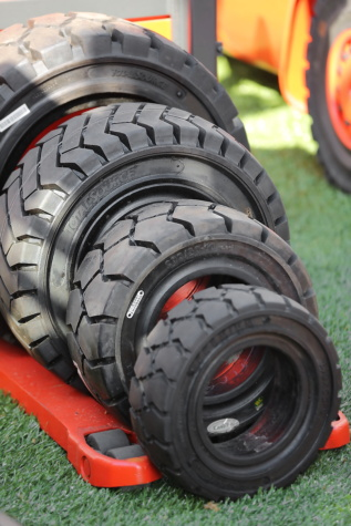 tire, heavy, big, truck, merchandise, products, wheel, machinery, car, steel