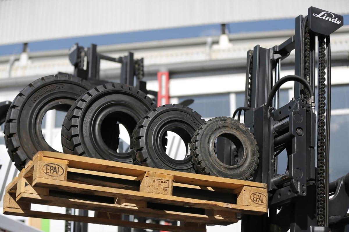 machine, chariot élévateur à fourche, pneu, gros, marchandise, afficher, lourdes, machines, équipement, mécanisme de