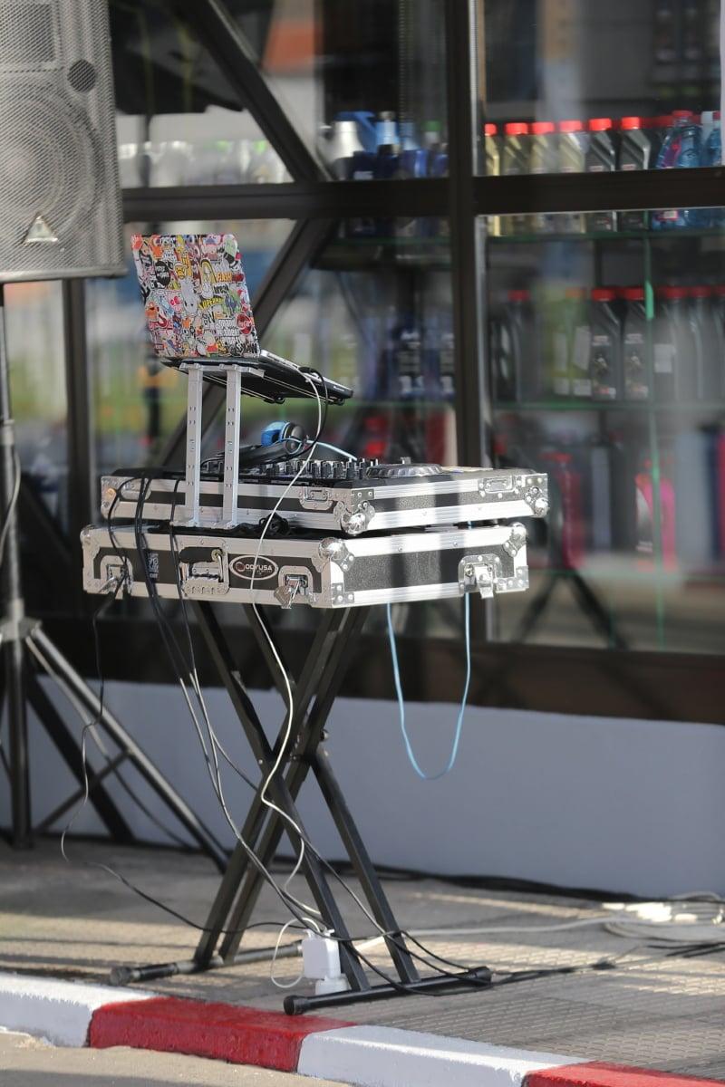 Electronics, ordinateur portable, musique, équipement, urbain, technologie, concert, performances, moderne, unité