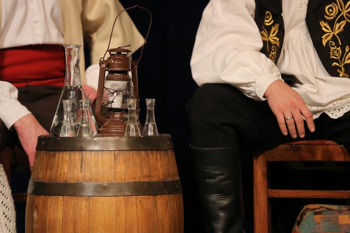 traditionnel, vin blanc, baril, bouteille, verre, vin, gens, homme, boisson, restaurant