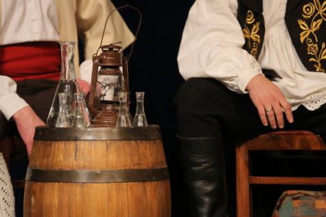 traditionelle, Weißwein, Fass, Flasche, Glas, Wein, Menschen, Mann, Trinken, Restaurant