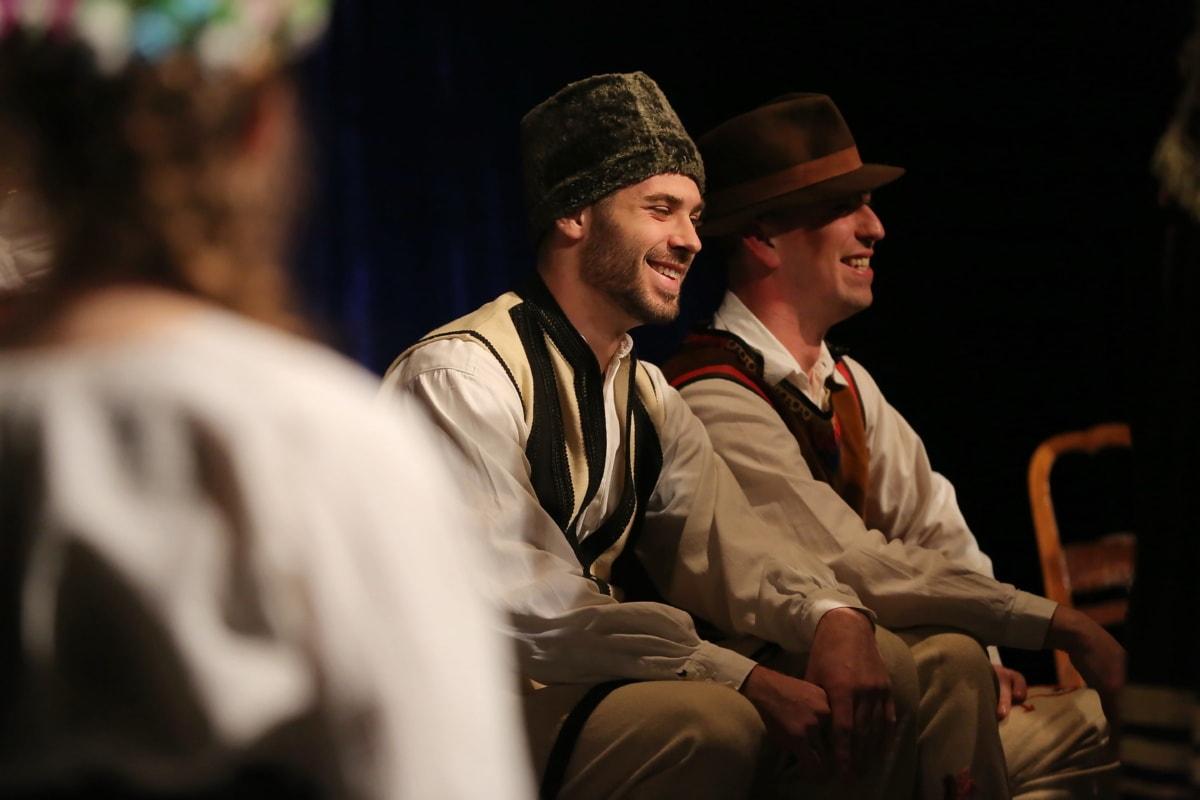 chapeau, Hommes, sourire, assis, populaire, costume, personne, homme, gens, Théâtre