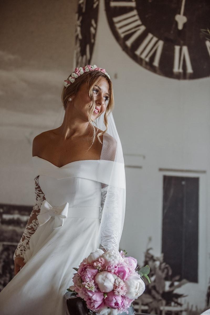 la mariée, bouquet de mariage, robe de mariée, magnifique, chambre à coucher, mariage, femme, joli, mode, modèle