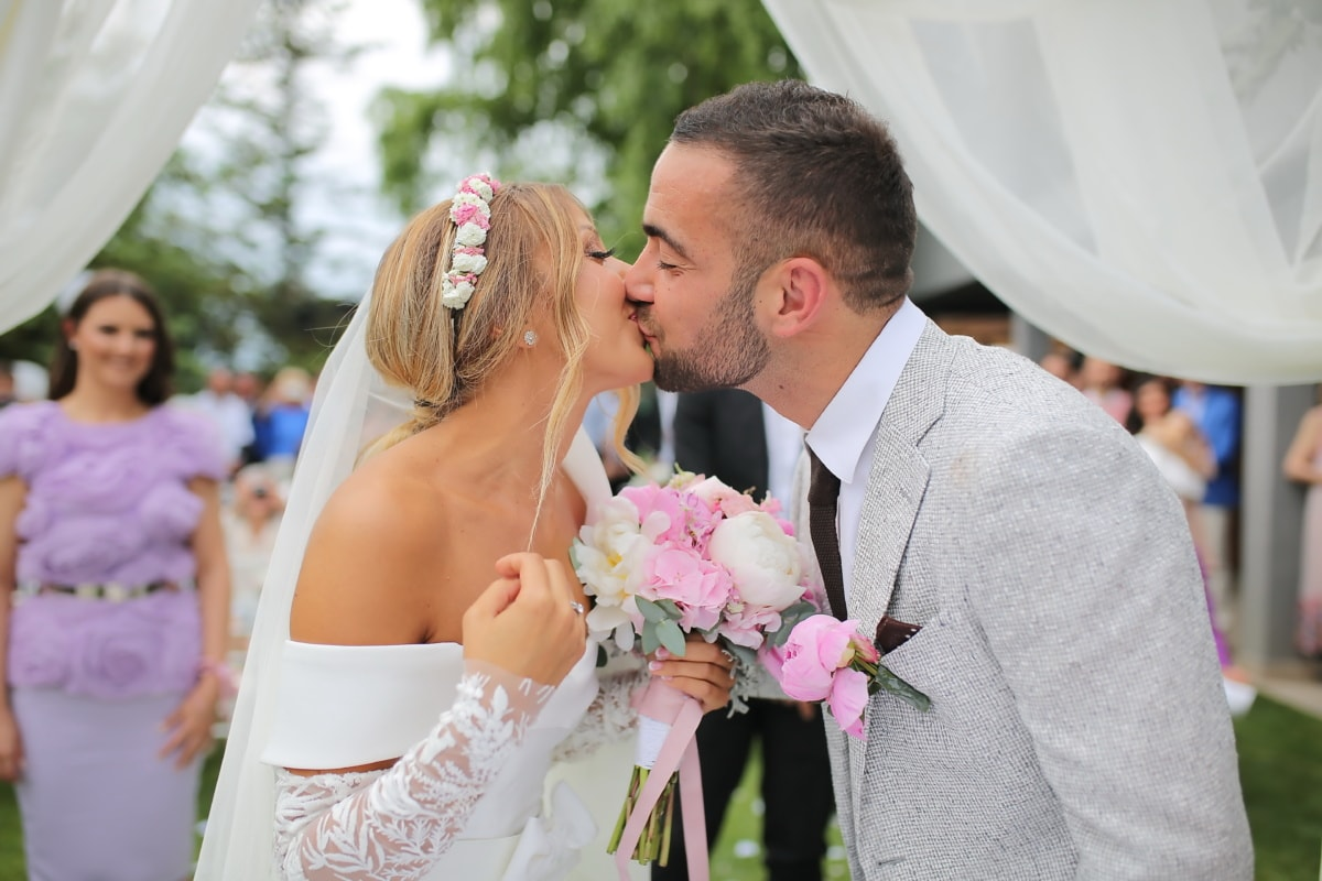 kiss, just married, groom, bride, dress, love, couple, bouquet, engagement, wedding