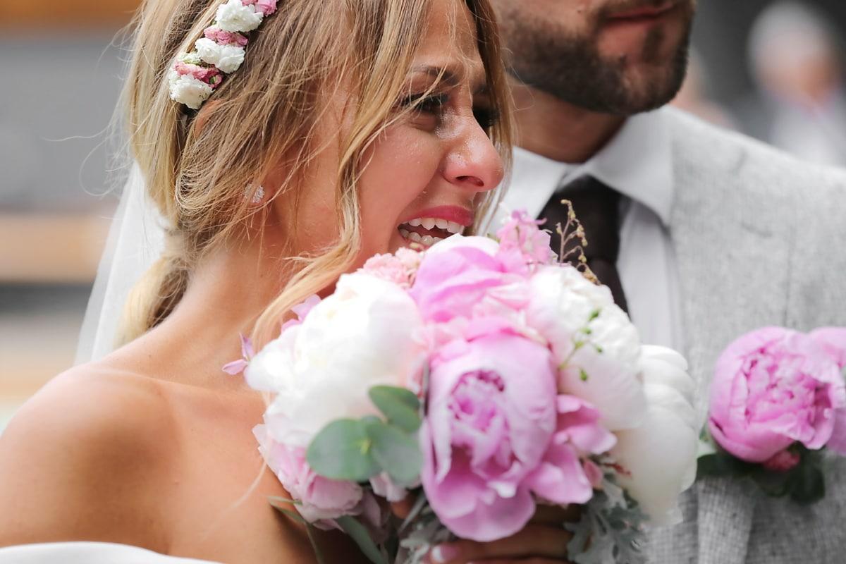 la mariée, Crystal, bouquet de mariage, magnifique, bonheur, Portrait, Jolie fille, robe de mariée, jeune marié, amour