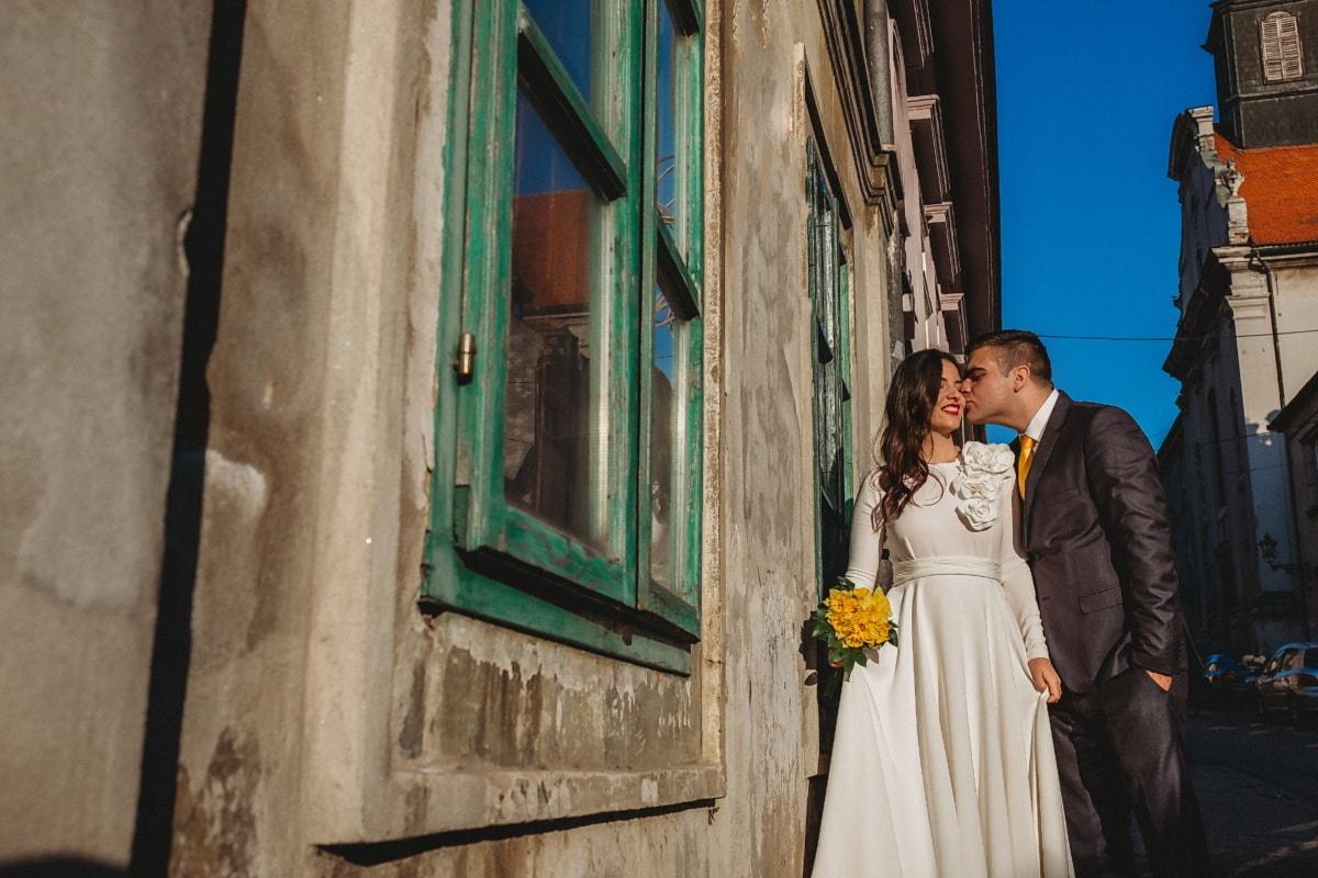 rue, façade, femme, jeune marié, mariage, gens, amour, homme, romance, à l'extérieur