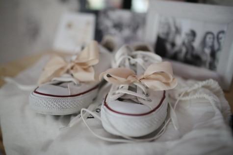 ミニチュア, スニーカー, エレガントです, スティル ・ ライフ, 靴, ファッション, 屋内で, 履物, 伝統的です, 快適さ