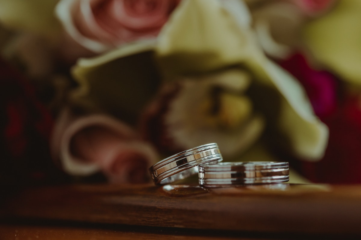 bague de mariage, éclat doré, anneaux, platinum, macro, nature morte, mariage, à l'intérieur, brouiller, vaisselle