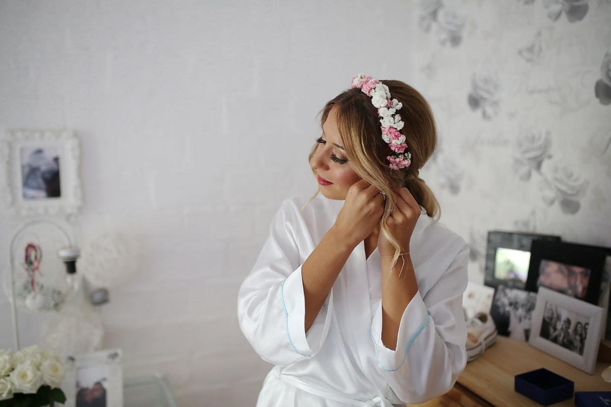 morning, preparation, bride, wedding, woman, fashion, indoors, people, glamour, pretty