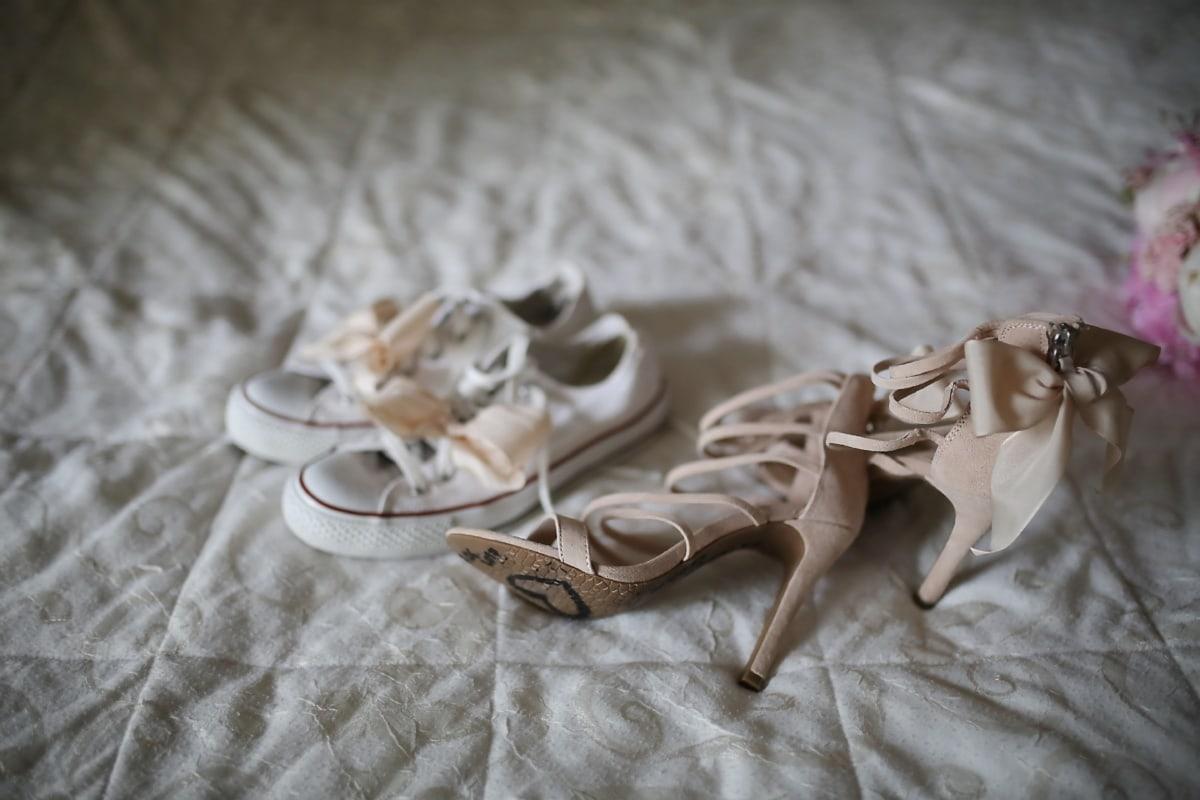 women, sandal, bed, heels, bedroom, sneakers, vintage, wedding, fashion, wood