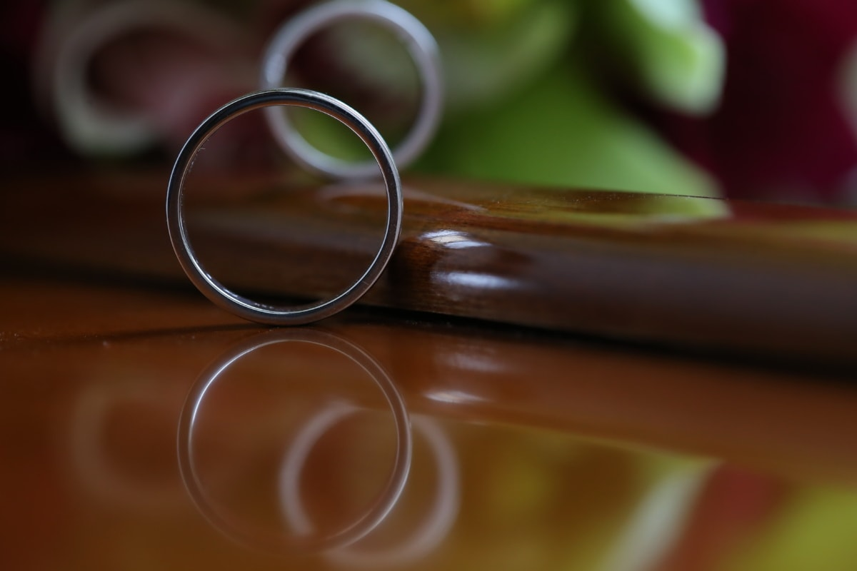 round, ring, jewelry, circle, blur, color, wedding, love, still life, art